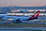 T.Sazenさんが、羽田空港で撮影したカンタス航空 747-438の航空フォト(飛行機 写真・画像)