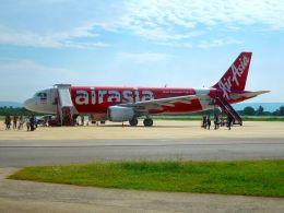 まいけるさんが、ピッサヌローク空港で撮影したタイ・エアアジア A320-216の航空フォト(飛行機 写真・画像)