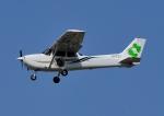 じーく。さんが、横田基地で撮影した日本個人所有 172R Skyhawkの航空フォト(飛行機 写真・画像)