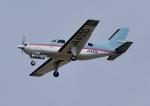 じーく。さんが、横田基地で撮影したオートパンサー PA-46-310P Malibuの航空フォト(飛行機 写真・画像)