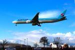 まいけるさんが、ロンドン・ヒースロー空港で撮影した大韓航空 777-3B5/ERの航空フォト(写真)