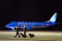 連写人さんが、高知空港で撮影したフジドリームエアラインズ ERJ-170-100 (ERJ-170STD)の航空フォト(写真)