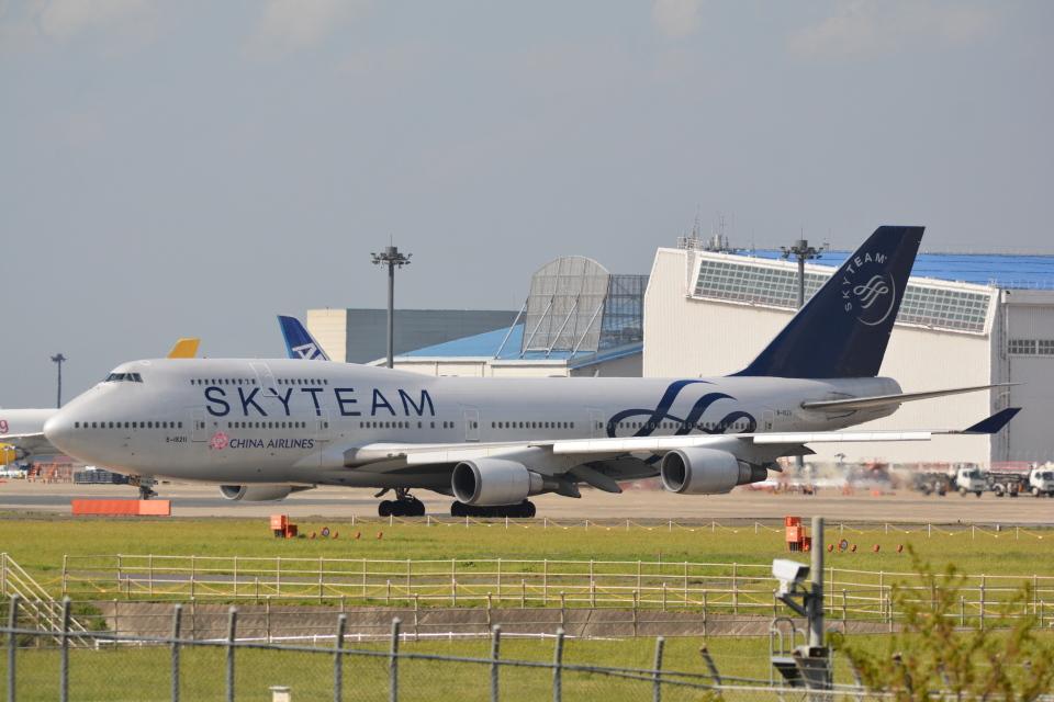 LEGACY-747さんのチャイナエアライン Boeing 747-400 (B-18211) 航空フォト