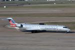 Kinyaさんが、ダラス・フォートワース国際空港で撮影したアメリカン・イーグル CL-600-2D24 Regional Jet CRJ-900LRの航空フォト(写真)
