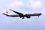 まいけるさんが、ロンドン・ヒースロー空港で撮影した中国国際航空 777-39L/ERの航空フォト(写真)