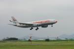 あおちゃんさんが、名古屋飛行場で撮影したリビングストン・エナジーフライト A330-243の航空フォト(飛行機 写真・画像)