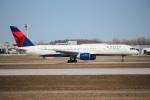 KAZ_YYZさんが、モントリオール・ピエール・エリオット・トルドー国際空港で撮影したデルタ航空 757-232の航空フォト(写真)