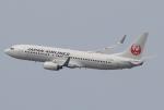 なぁちゃんさんが、伊丹空港で撮影した日本航空 737-846の航空フォト(写真)