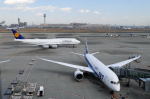 ppuw43さんが、羽田空港で撮影したルフトハンザドイツ航空 747-830の航空フォト(写真)