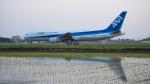 連写人さんが、高知空港で撮影した全日空 767-381/ERの航空フォト(写真)