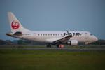 連写人さんが、高知空港で撮影したジェイ・エア ERJ-170-100 (ERJ-170STD)の航空フォト(写真)