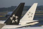 まっくうさんが、成田国際空港で撮影したシンガポール航空 777-312/ERの航空フォト(写真)