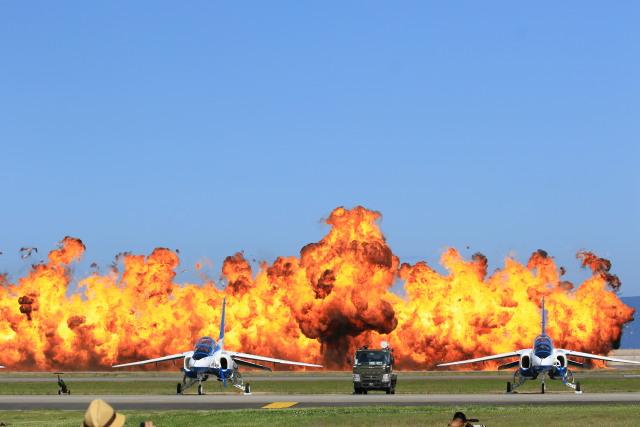 トラッキーさんが、岩国空港で撮影した航空自衛隊 T-4の航空フォト(飛行機 写真・画像)