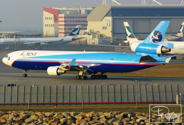 dave_0402さんが、香港国際空港で撮影したアビエント・アビエーション MD-11Fの航空フォト(飛行機 写真・画像)