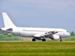 山麓さんが、ロンドン・ルートン空港で撮影したスマートリンクス A320-211の航空フォト(写真)