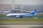 485k60さんが、羽田空港で撮影した全日空 777-281/ERの航空フォト(飛行機 写真・画像)