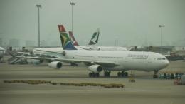 レックスさんが、香港国際空港で撮影した南アフリカ航空 A340-313Xの航空フォト(飛行機 写真・画像)