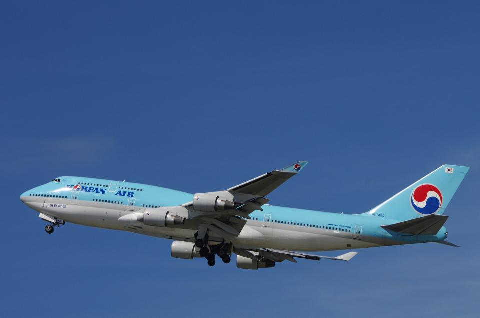 yabyanさんの大韓航空 Boeing 747-400 (HL7490) 航空フォト