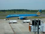 エアキヨさんが、成田国際空港で撮影したベトナム航空 A350-941XWBの航空フォト(写真)