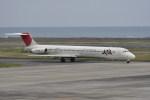 kumagorouさんが、奄美空港で撮影したJALエクスプレス MD-81 (DC-9-81)の航空フォト(写真)
