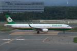 resocha747さんが、新千歳空港で撮影したエバー航空 A321-211の航空フォト(写真)