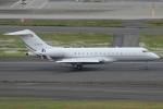 Wings Flapさんが、羽田空港で撮影したACMアヴィエーション BD-700-1A10 Global 6000の航空フォト(写真)