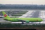 sky-spotterさんが、スワンナプーム国際空港で撮影したS7航空 767-33A/ERの航空フォト(写真)