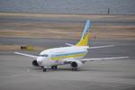Kuuさんが、羽田空港で撮影したAIR DO 737-54Kの航空フォト(飛行機 写真・画像)