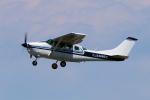 yabyanさんが、名古屋飛行場で撮影した学校法人ヒラタ学園 航空事業本部 TU206G Turbo Stationair 6の航空フォト(飛行機 写真・画像)