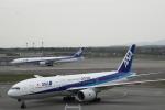 ATOMさんが、新千歳空港で撮影した全日空 777-281/ERの航空フォト(写真)