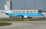 セブンさんが、ミュンヘン・フランツヨーゼフシュトラウス空港で撮影したKLMオランダ航空 737-9K2の航空フォト(飛行機 写真・画像)