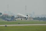 kon chanさんが、嘉手納飛行場で撮影したウエスタン・グローバル・エアラインズ MD-11Fの航空フォト(写真)