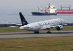 B.K JEONGさんが、神戸空港で撮影した全日空 777-281の航空フォト(飛行機 写真・画像)