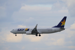 yabyanさんが、那覇空港で撮影したスカイマーク 737-8FZの航空フォト(写真)