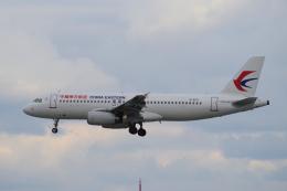 yabyanさんが、那覇空港で撮影した中国東方航空 A320-232の航空フォト(写真)