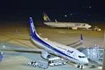 kurubouzuさんが、神戸空港で撮影した全日空 737-881の航空フォト(写真)