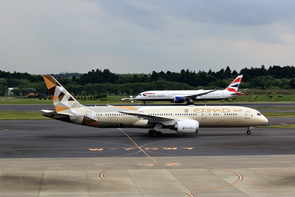 T.Sazenさんのエティハド航空 Boeing 787-9 (A6-BLA) 航空フォト