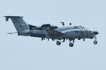 うめやしきさんが、厚木飛行場で撮影したアメリカ陸軍 RC-12X Huron (A200CT)の航空フォト(飛行機 写真・画像)