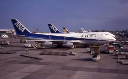 けいとパパさんが、羽田空港で撮影した全日空 747SR-81の航空フォト(飛行機 写真・画像)
