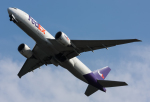 B.K JEONGさんが、関西国際空港で撮影したフェデックス・エクスプレス 777-FS2の航空フォト(飛行機 写真・画像)
