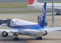 ふじいあきらさんが、羽田空港で撮影した全日空 767-381/ERの航空フォト(飛行機 写真・画像)