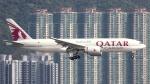 誘喜さんが、香港国際空港で撮影したカタール航空カーゴ 777-FDZの航空フォト(写真)