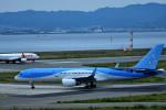 we love kixさんが、関西国際空港で撮影したトムソン航空 757-28Aの航空フォト(飛行機 写真・画像)