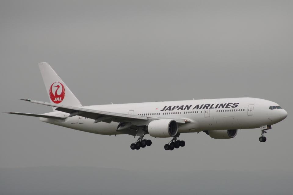 小牛田薫さんの日本航空 Boeing 777-200 (JA8983) 航空フォト