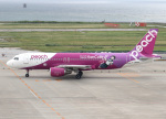 voyagerさんが、那覇空港で撮影したピーチ A320-214の航空フォト(写真)