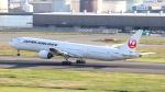 誘喜さんが、羽田空港で撮影した日本航空 777-346の航空フォト(写真)