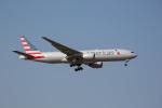 chalk2さんが、成田国際空港で撮影したアメリカン航空 777-223/ERの航空フォト(写真)