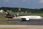 T.Sazenさんが、成田国際空港で撮影したUPS航空 767-34AF/ERの航空フォト(写真)