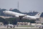 kumagorouさんが、嘉手納飛行場で撮影したアメリカ海軍 P-8A (737-8FV)の航空フォト(写真)