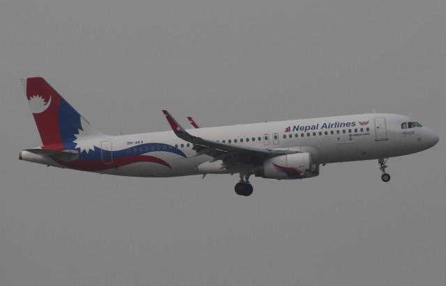 まっくうさんが、香港国際空港で撮影したネパール航空 A320-233の航空フォト(飛行機 写真・画像)